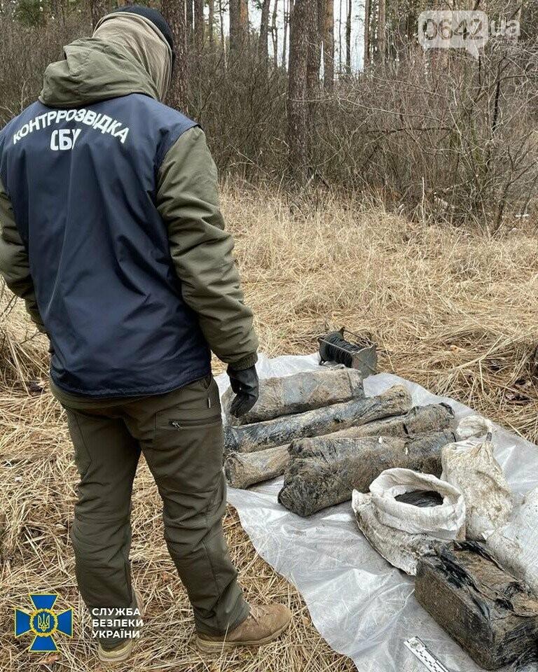 У задержанного боевика «ЛНР» нашли схрон с российским оружием, - ФОТО, ВИДЕО, фото-2