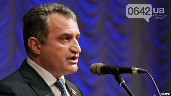 Донбасс может стать имением какого-нибудь выходца из КГБ, если его не освободить - Портников