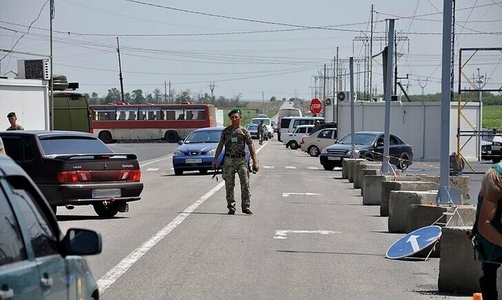 После проверки сообщения о «минировании» возобновил работу КПВВ «Майорск»