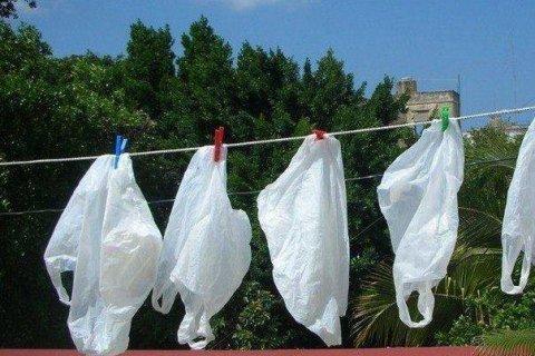 Рада проголосовала за запрет пластиковых пакетов