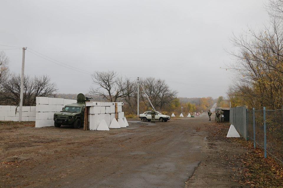 Боевики «ЛНР» сорвали договоренности об открытии КПВВ «Золотое» (ФОТО), фото-5