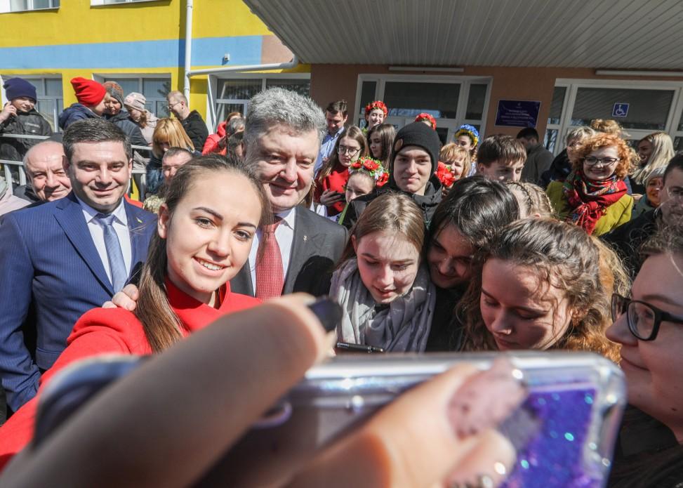 Порошенко: Моим приоритетом был, есть, остается и будет Донбасс, фото-4