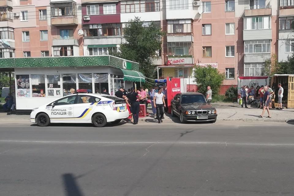 В Луганской области БМВ врезался в холодильник (ФОТО), фото-2