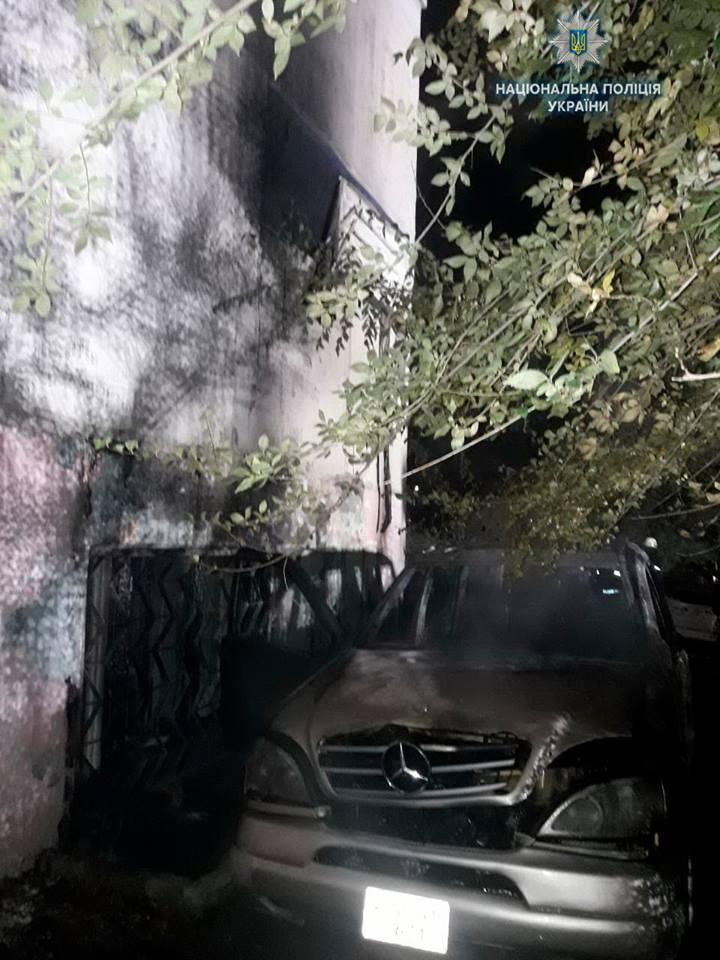 """В Северодонецке ночью сгорел """"Мерседес"""" (ФОТО), фото-2"""