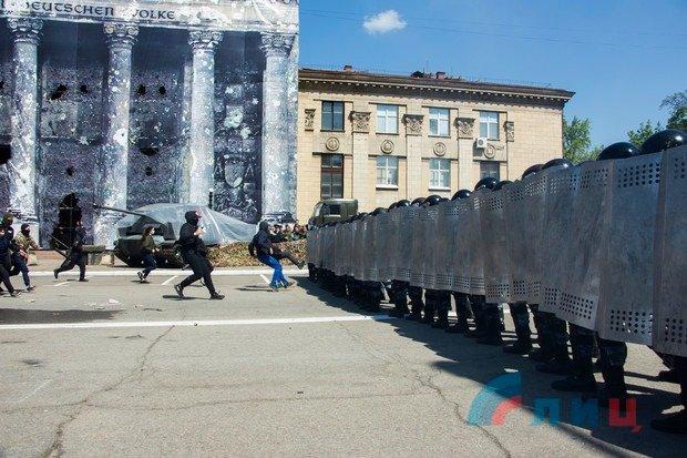 Казанский: Воистину, нет такого безумия, которое не может произойти в Луганске, - ФОТО, фото-3