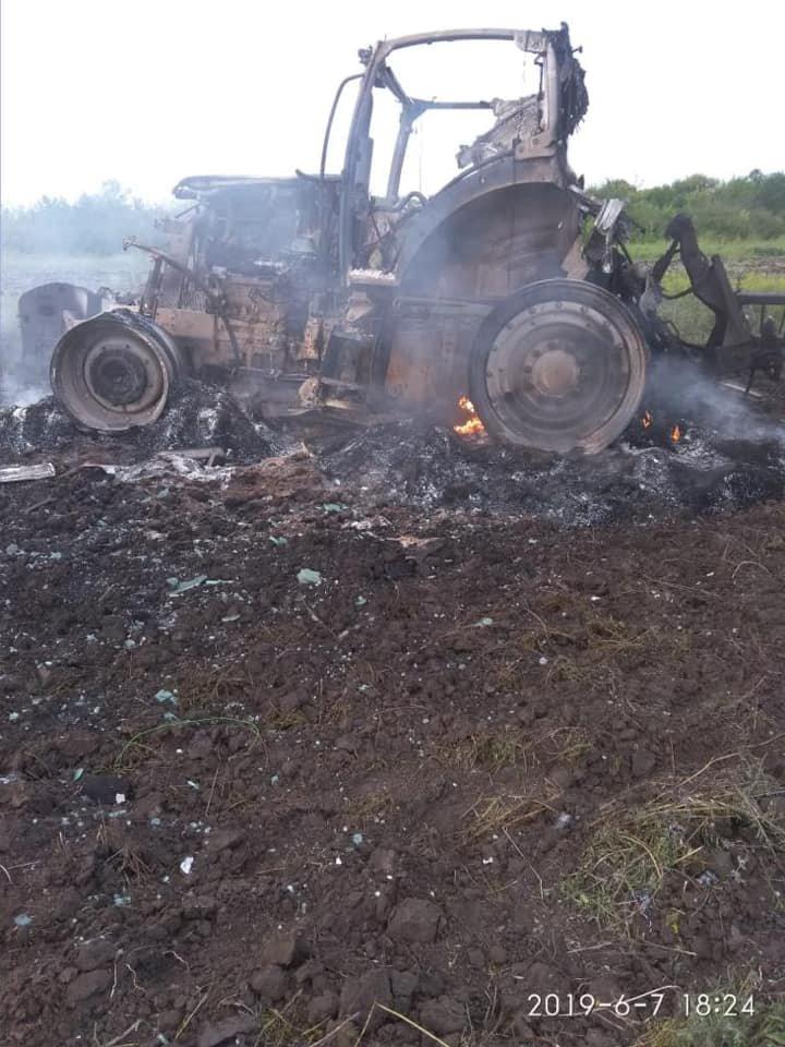 В Луганской области взорвался трактор: ранены два человека, - ФОТО, фото-1