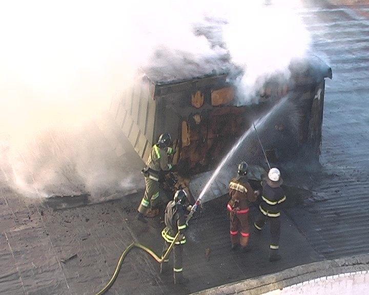 В Луганске горел завод «Автомотозапчасть», - ФОТО, фото-3