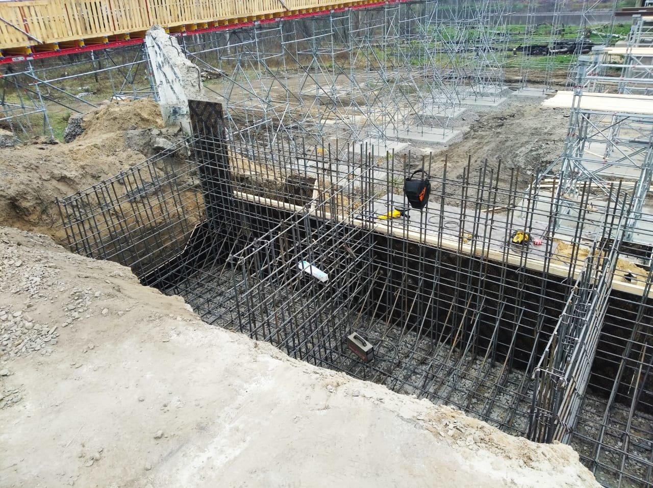 В Станице Луганской продолжаются работы по восстановлению моста, - ФОТО , фото-2