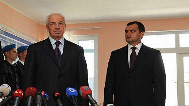 РосСМИ: «ДНР» может возглавить Захарченко, а «ЛНР» - Азаров, фото-1