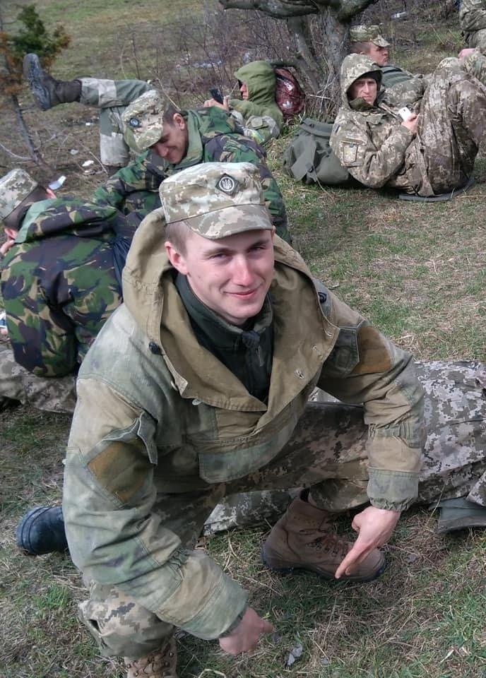 Стало известно имя офицера ВСУ, погибшего на Донбассе 31 марта, - ФОТО, фото-1