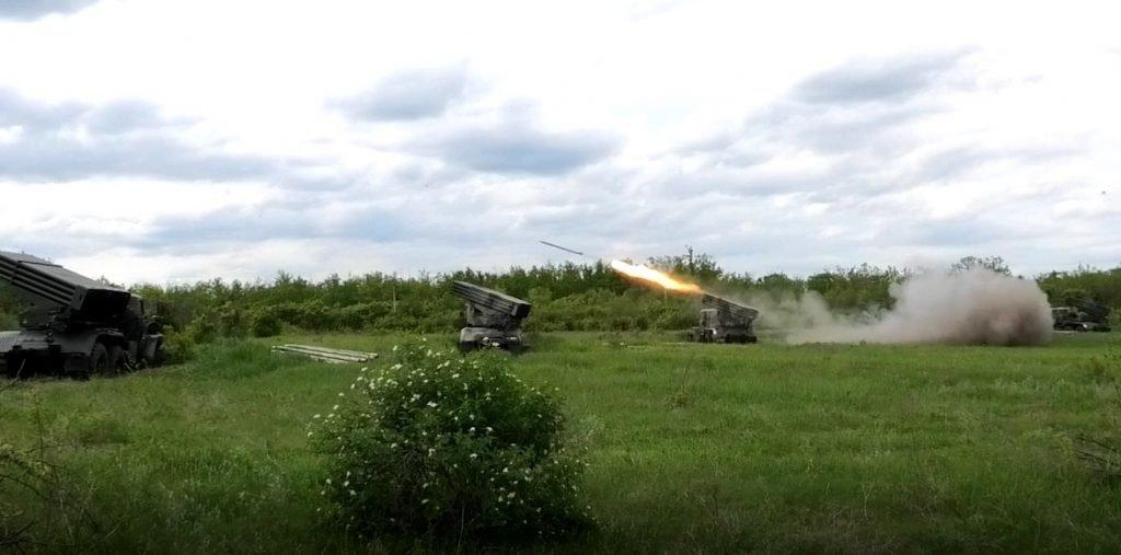 В «ДНР» вывели дополнительные силы боевиков к линии фронта, - ФОТО, фото-1