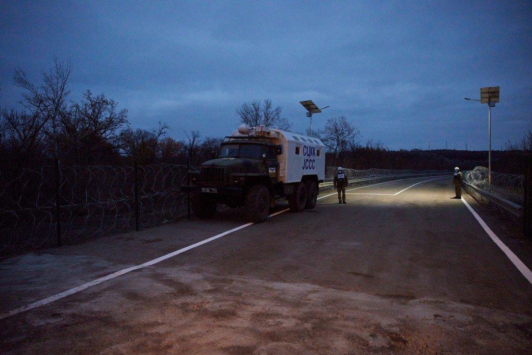 Зеленский осмотрел новый КПВВ «Счастье», который начнет работу 10 ноября, - ФОТО, фото-5