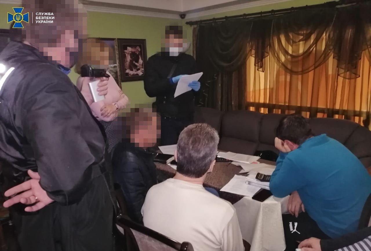 В Луганской области разворовали деньги на ремонт школ и больниц, фото-2