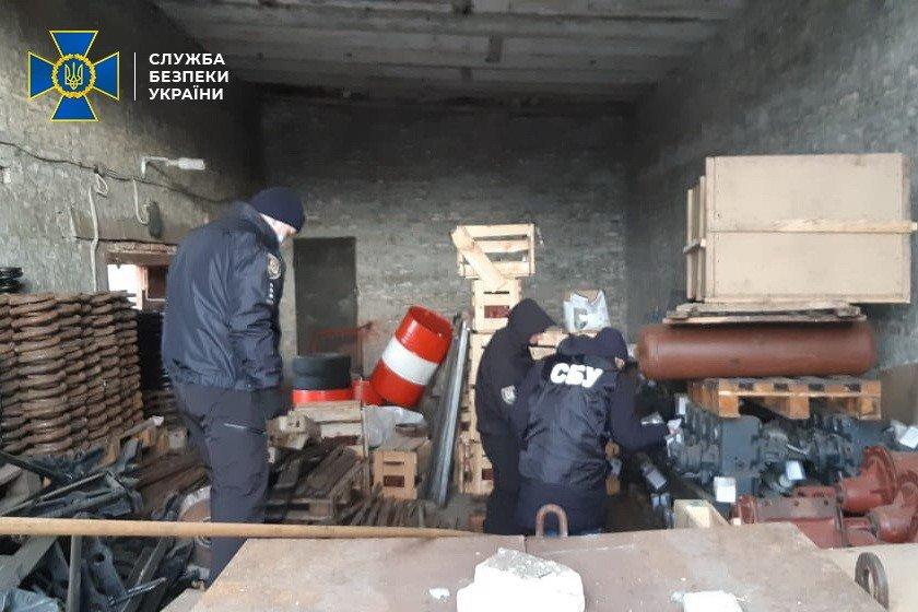 В Луганской области фирма поставляла для железной дороги старое оборудование под видом нового, - ФОТО, фото-6