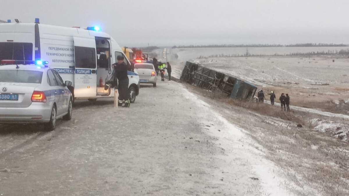 В России перевернулся автобус «Москва-Донецк»: погибли два человека, - ФОТО, ВИДЕО, фото-3