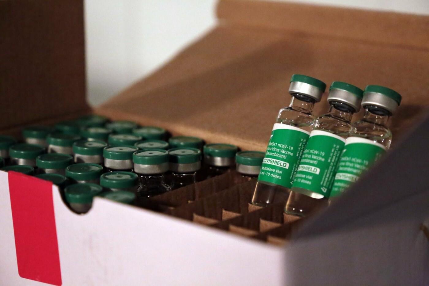 Луганская область получила первую партию вакцин от коронавируса: первыми будут прививать медиков и военных, фото-2