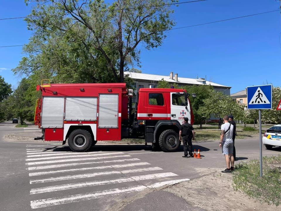 Из двух вузов в Северодонецке срочно эвакуируют людей, - ФОТО, фото-1