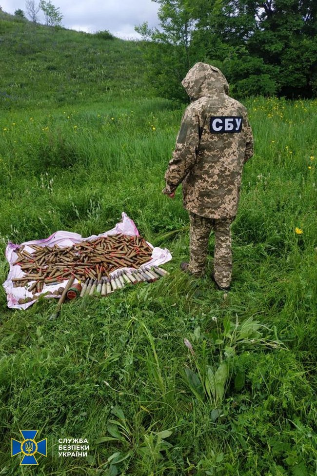 Три тайника с боеприпасами российских террористов выявили на Луганщине, - ФОТО, фото-3
