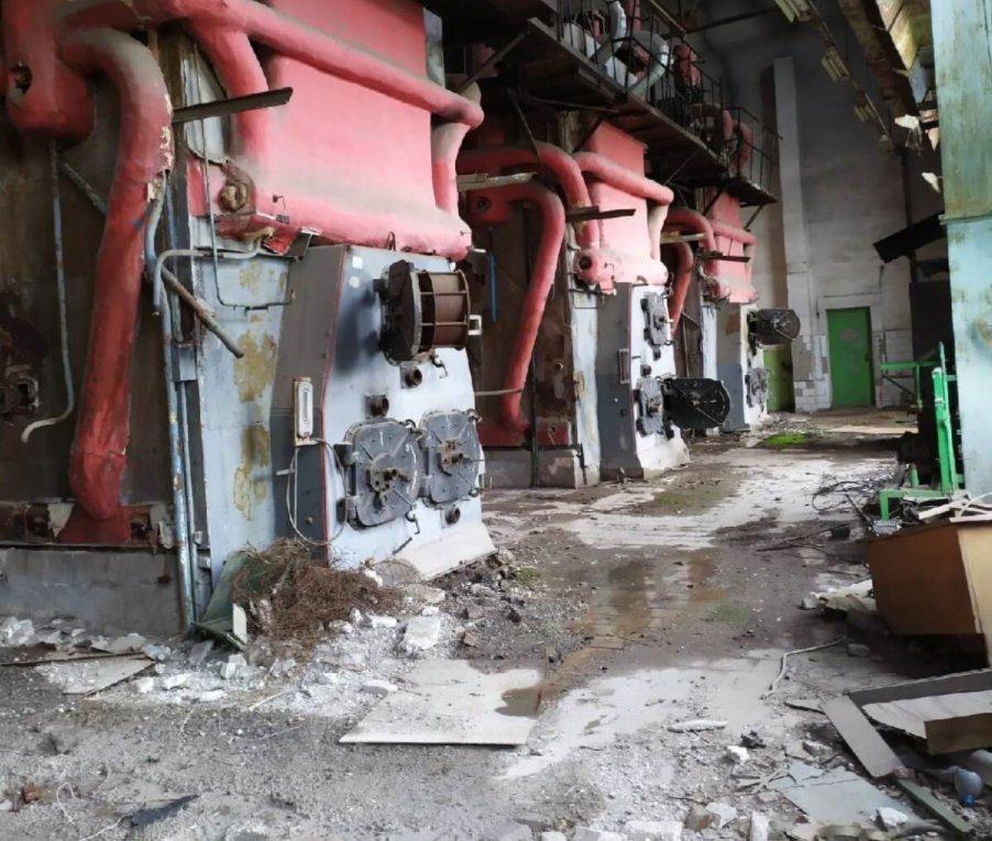 В оккупированном Луганске разграбили аккумуляторный завод, - ФОТО, фото-2