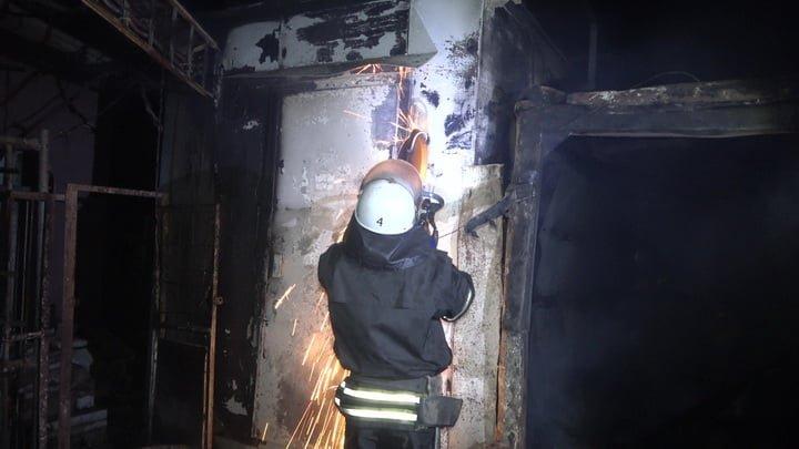 В оккупированном Луганске из-за аварии на электросетях загорелся рынок, - ФОТО, фото-4