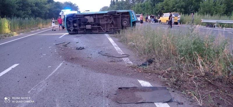 В Луганской области перевернулась маршрутка: пострадали девять пассажиров, - ФОТО, фото-4