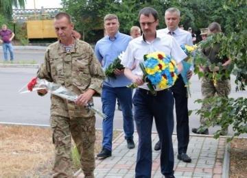 Четыре города на Луганщине празднуют 7-ю годовщину освобождения от оккупантов, фото-1