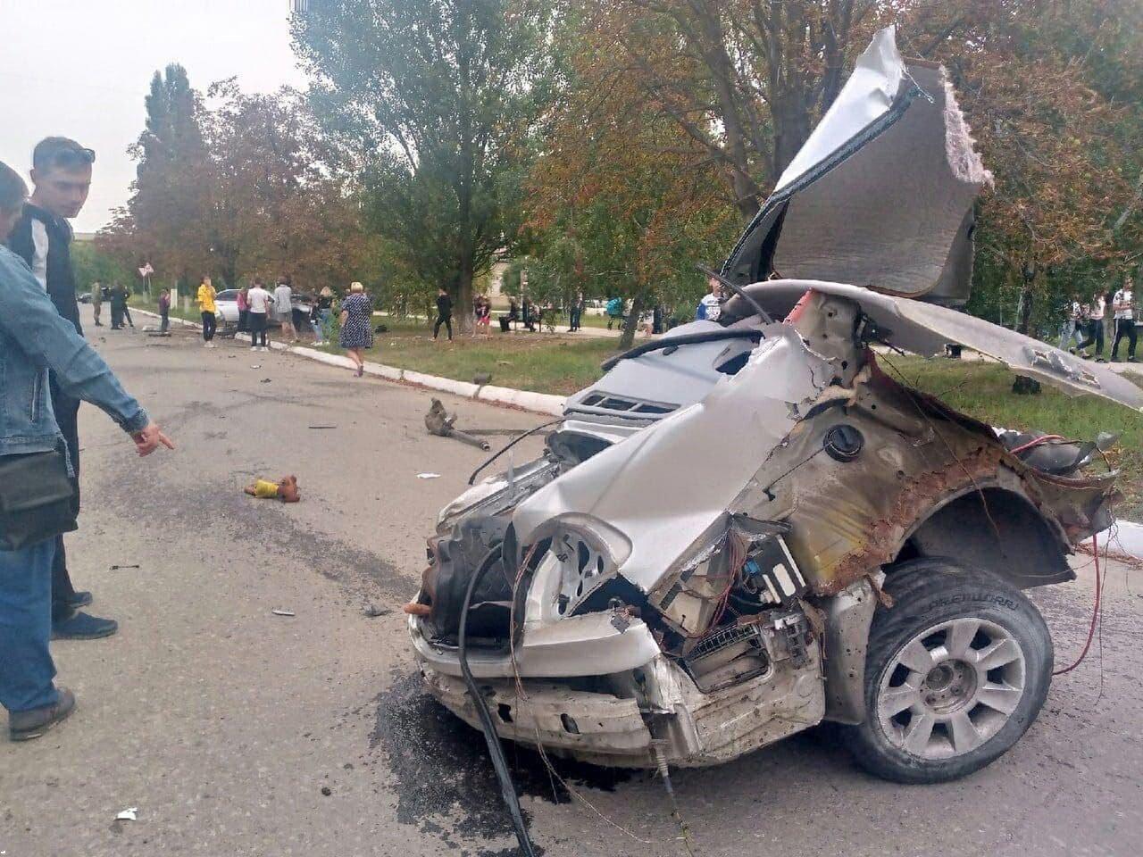 ДТП в Кировске: авто разорвало на части, - ФОТО, фото-1