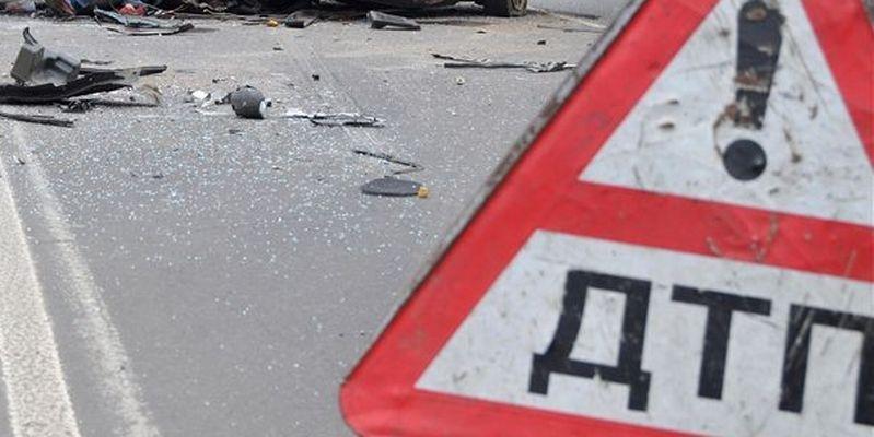 ДТП вЛуганске: пьяный боевик протаранил маршрутку спассажирами