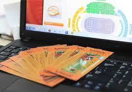 Покупка билетов на футбольный матч (фото)